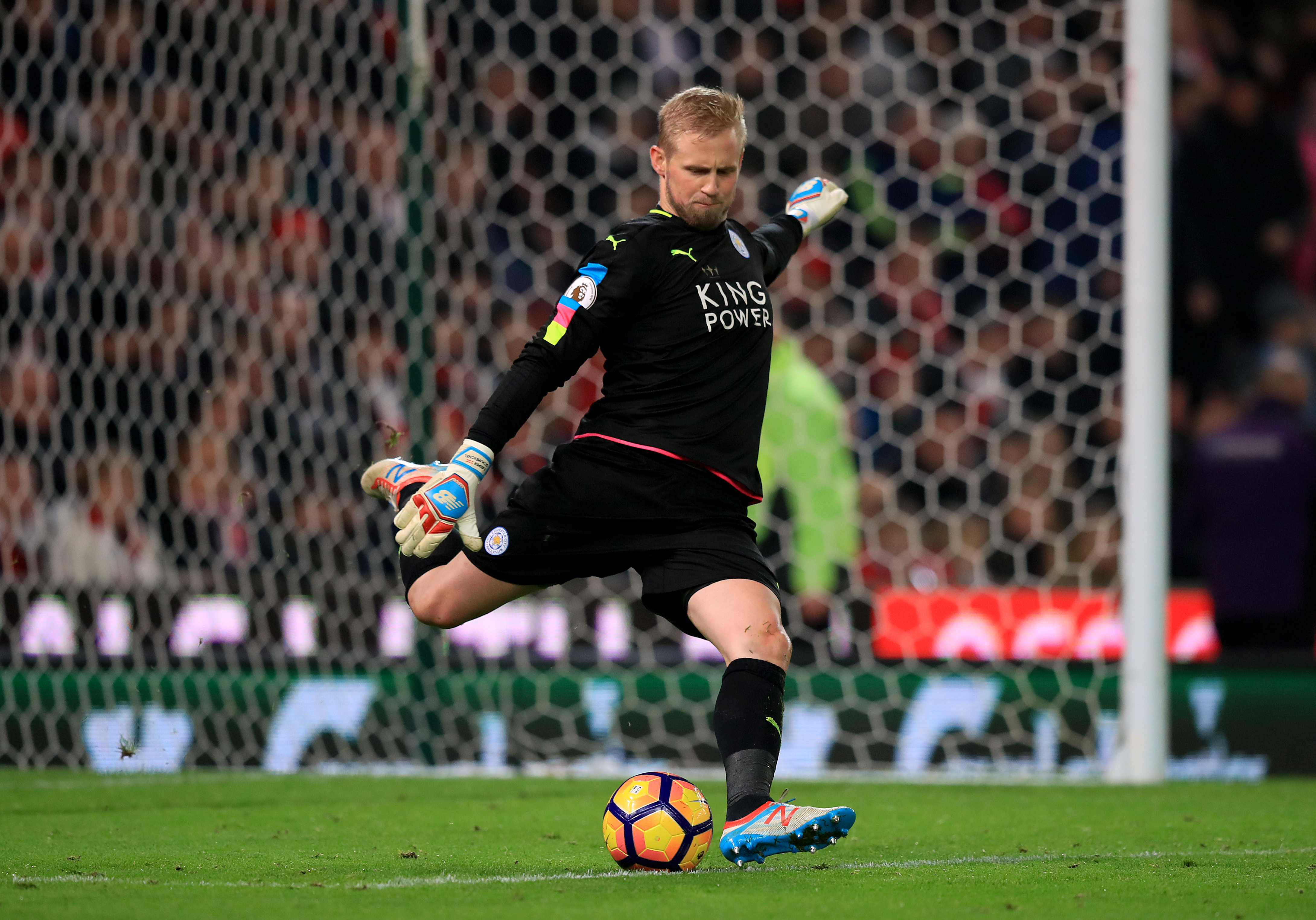 Would Schmeichel be better for Manchester City over Bravo